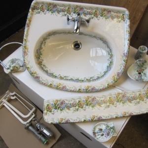 porcelaine de paris, antieke wastafel met bloemen