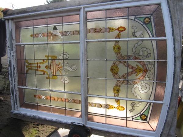 antiek schuifraam met glas in lood