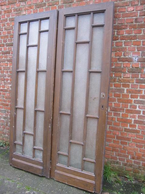 rechts open dubbele deuren