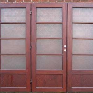 drieslag paneeldeuren met matglas